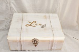time capsule love box